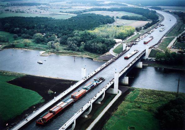 Puente de Magdeburgo (Alemania)
