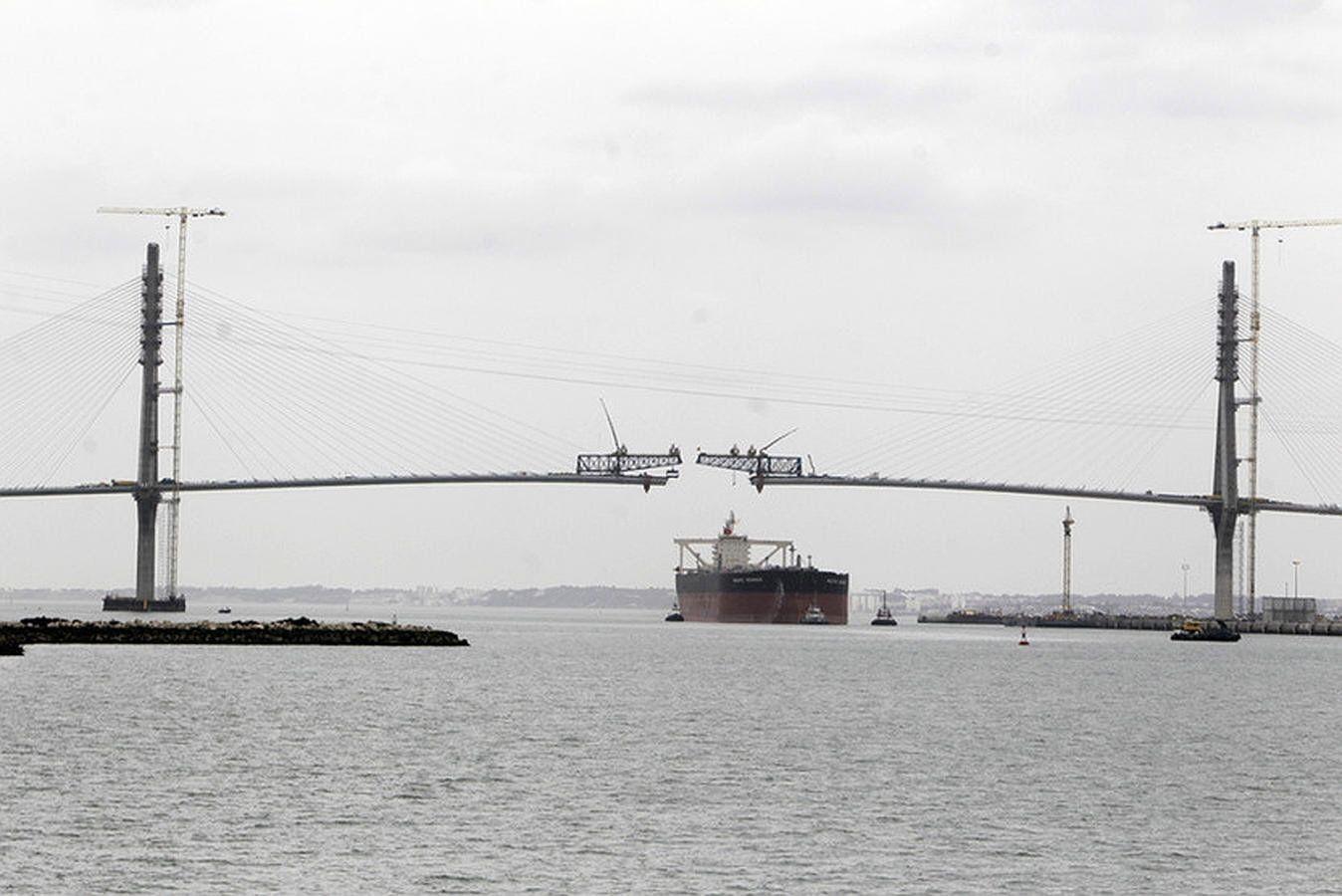 Puente Constitución