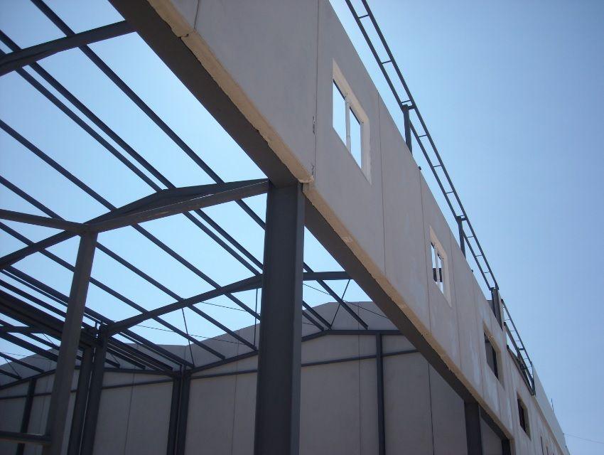 Correas de cubierta de nave industrial. Cortesia de CICOP.