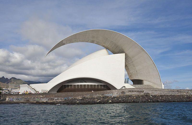 Sala de Conciertos de Tenerife. Fuente Wikipedia. Autor: Diego Delso
